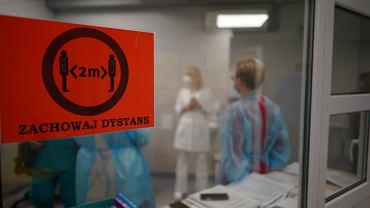 Koronawirus w Polsce. Liczba osób w szpitalach rośnie