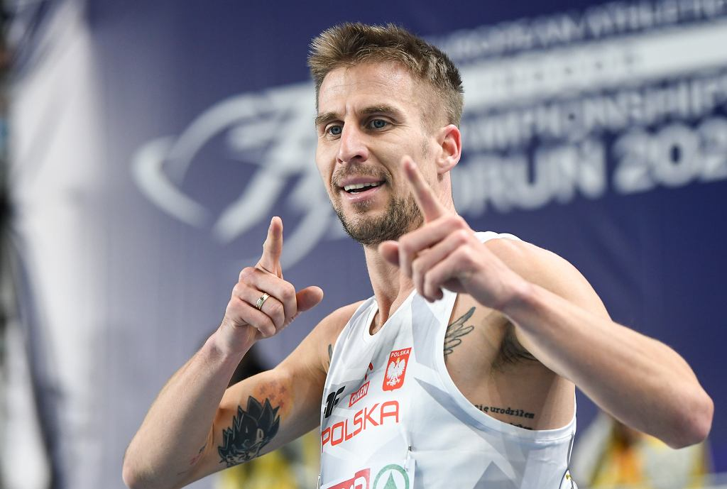 Pierwszy dzień lekkoatletycznych halowych mistrzostw Europy w Toruniu - Marcin Lewandowski . W piątek rozdanych zostanie sześć kompletów medali