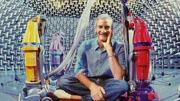Wynalazca James Dyson przez 15 lat zbudował 5126 prototypów odkurzacza, zanim udało mu się zrobić ten, który odniósł sukces.