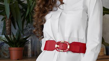 Tuniki damskie mogą występować w wersji eleganckiej lub bardziej komfortowej. Zdjęcie ilustracyjne, Red Umbrella and Donkey/shutterstock.com