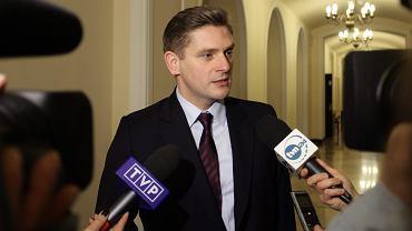 Wiceminister obrony Bartosz Kownacki