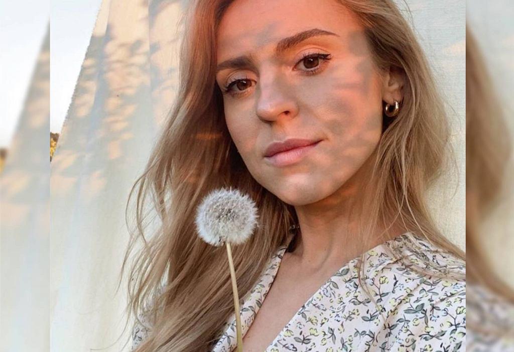 Kasia Tusk w naturalnym makijażu i dziewczęcej sukience w kwiaty!