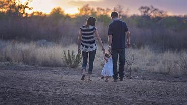 Zasiłek rodzinny 2021/2022. Jakie zmiany? Od kiedy będzie można złożyć wniosek?