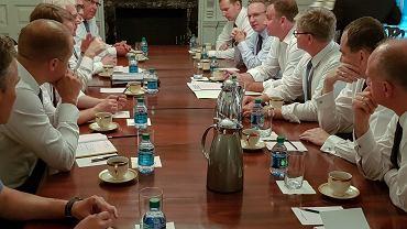 Narada polskiej delegacji przed spotkaniem z Donaldem Trumpem
