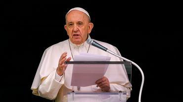 Papież wezwał do wyjaśnienia sprawy masowego grobu dzieci w Kanadzie