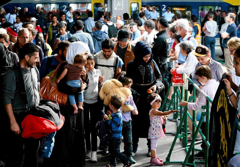 13 września, uchodźcy na dworcu w Monachium
