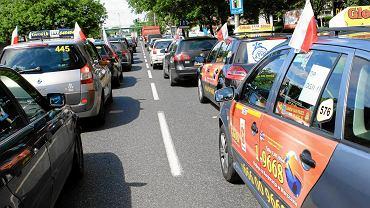 Protest taksówkarzy w Warszawie. Przejadą ulicami Warszawy 18 października
