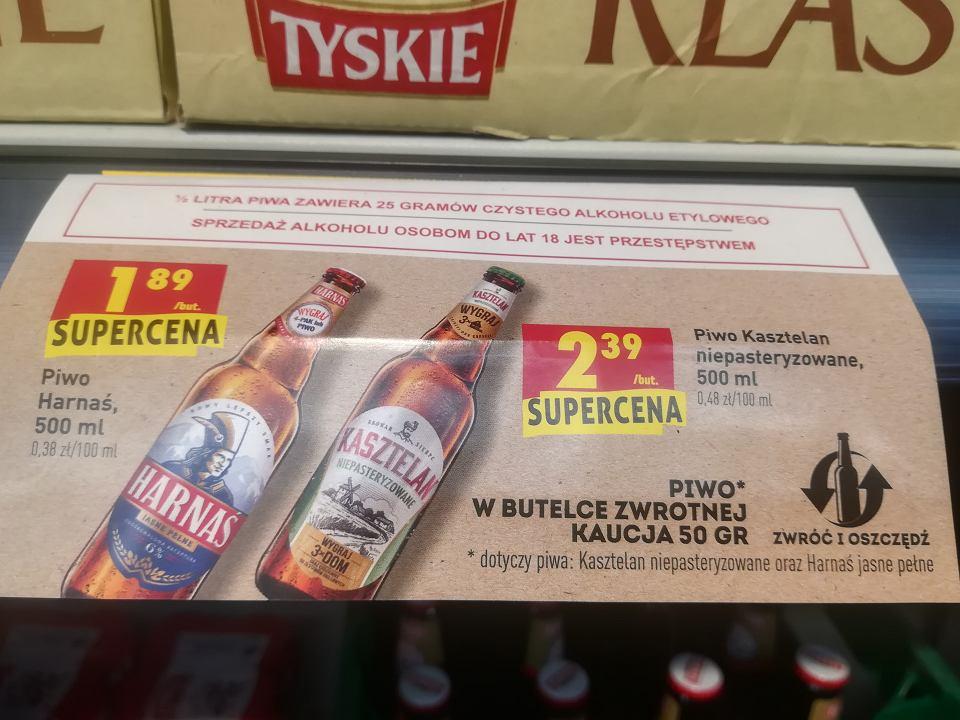 Reklama piwa w butelce zwrotnej