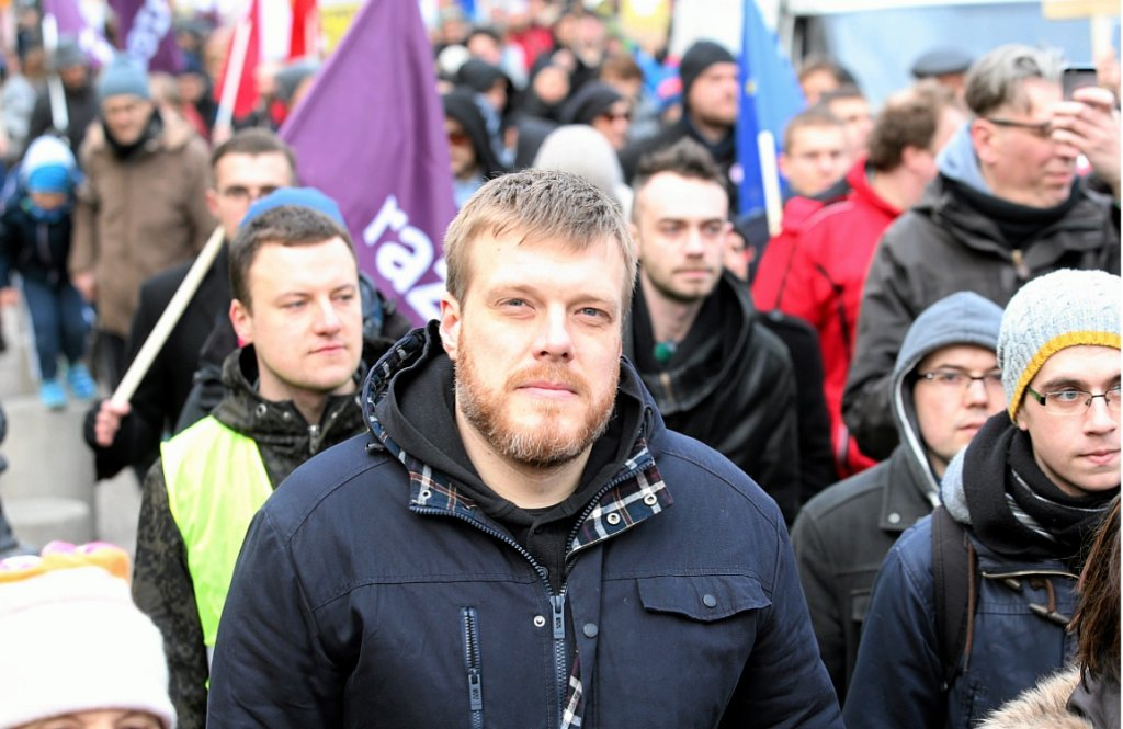 Adrian Zandberg na marszu