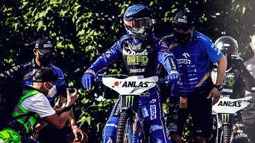 Bartosz Zmarzlik podczas turniejów Grand Prix 2021 w Pradze (Czechy)