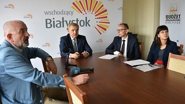 Konferencja prasowa prezydenta Tadeusza Truskolaskiego