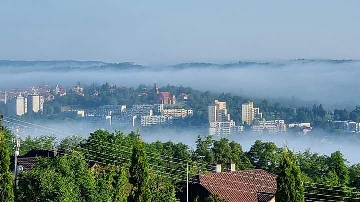 Mgła nad miastem