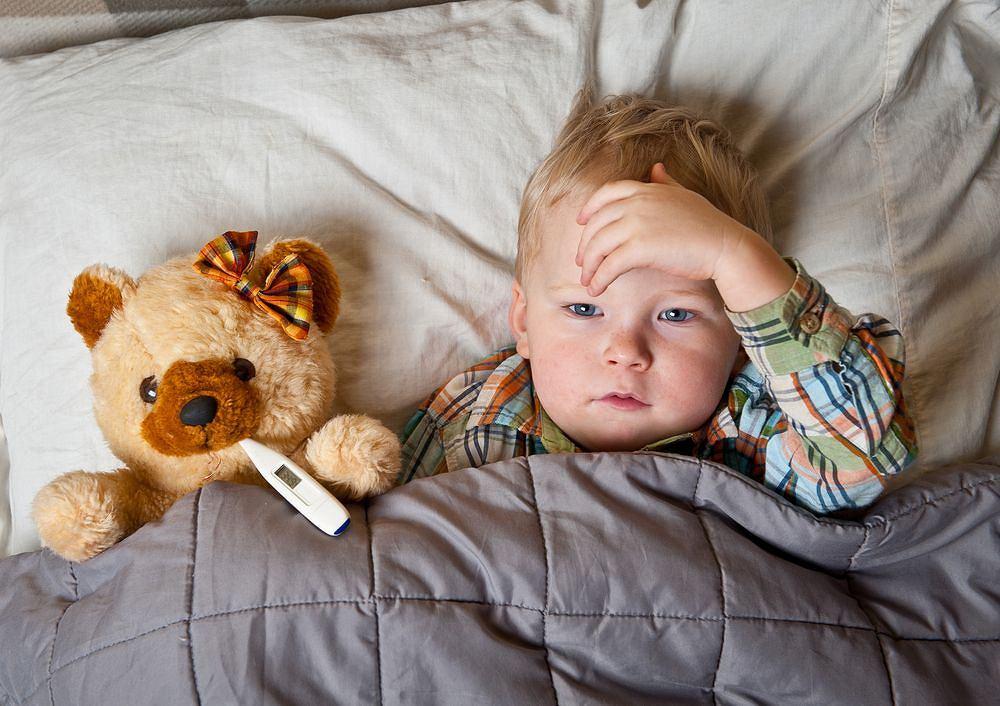 Im młodsze dziecko, tym większa czujność jest potrzebna. Od błahej dolegliwości do poważnych powikłań czasem droga jest naprawdę niedaleka