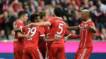 Robert Lewandowski i jego koledzy z Bayernu Monachium wygrali trzeci mecz w Bundeslidze
