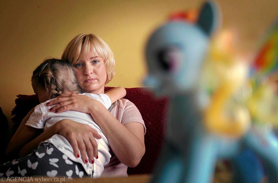 Rzeczy, które należy wziąć pod uwagę, spotykając się z samotną matką