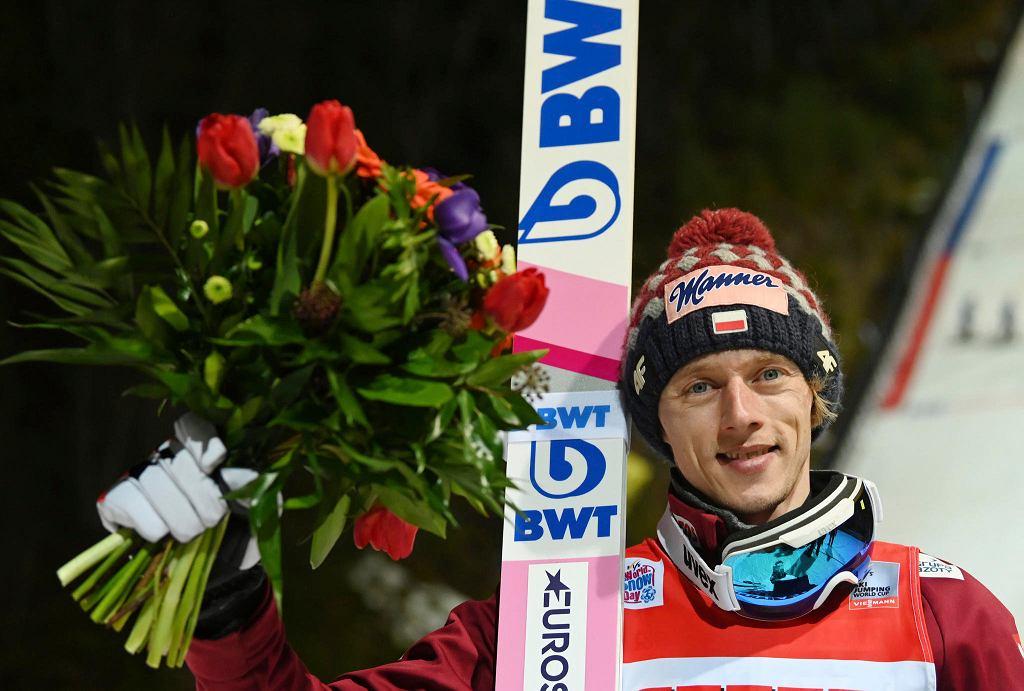 Skoki narciarskie. Dawid Kubacki po zwycięstwie w Titisee-Neustadt