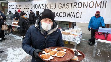 Protest restauratorów w Legionowie