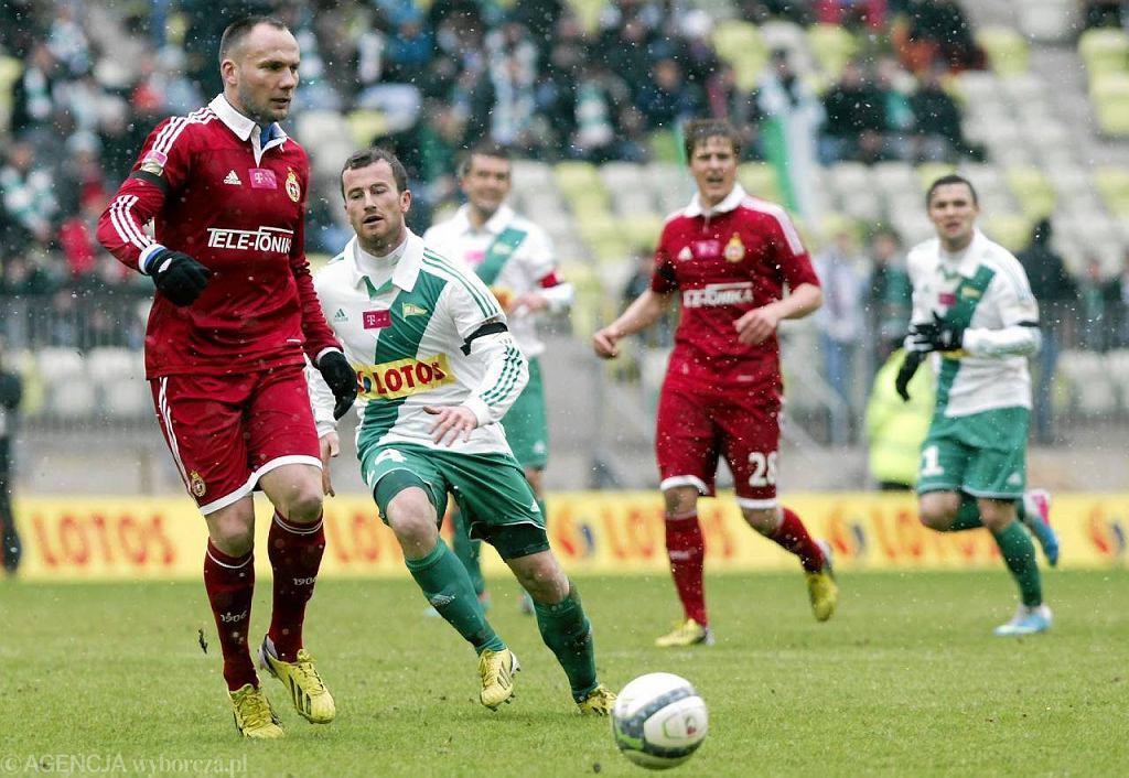W tym sezonie Lechia Gdańsk zremisowała z Wisłą Kraków na PGE Arenie. Czy któryś z tych zespołów zmierzy się z Barceloną?