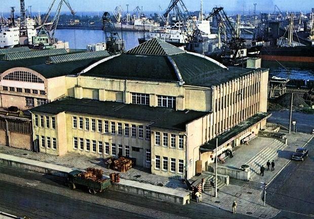 Zdjęcie numer 7 w galerii - Dworzec Morski w Gdyni skończył 85 lat. Zobacz, jak się zmieniał [ARCHIWALNE ZDJĘCIA]