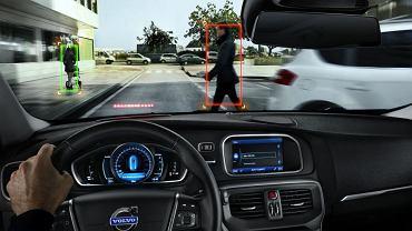 City Safety i Pedestrian Safety zminiejszają ryzyko kolizji i potrąceń (fot. Volvo)