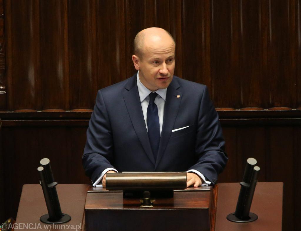 Poseł Bartłomiej Wróblewski podczas 22. Posiedzenia Sejmu VIII Kadencji. Warszawa, 6 lipca 2016