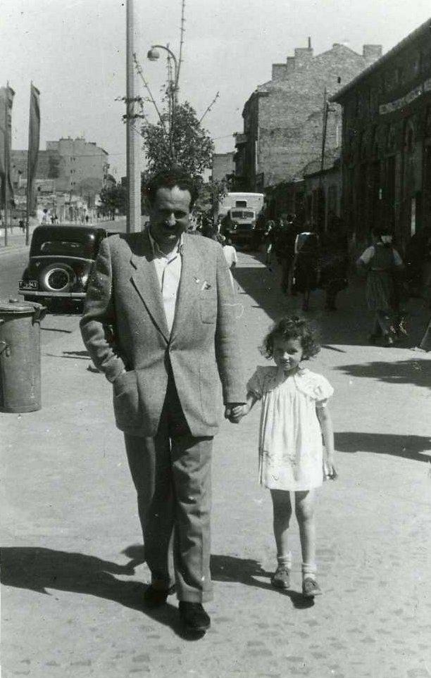 Na zdjęciu: pani Antonina z ojcem Stanisławem