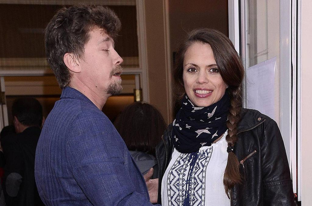 Bartosz Obuchowicz z żoną