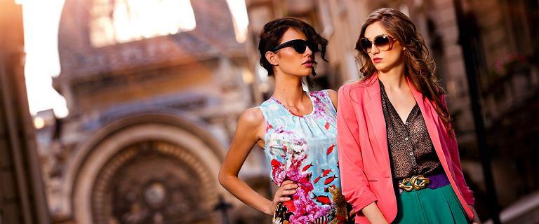 Najpiękniejsze bluzki z Reserved i Mohito. Te propozycje zachwycają!