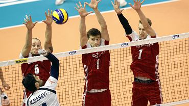 Mistrzostwa świata w siatkówce. Od lewej: Bartosz Kurek, Piotr Nowakowski i Artur Szalpuk podczas meczu Polska - Iran.