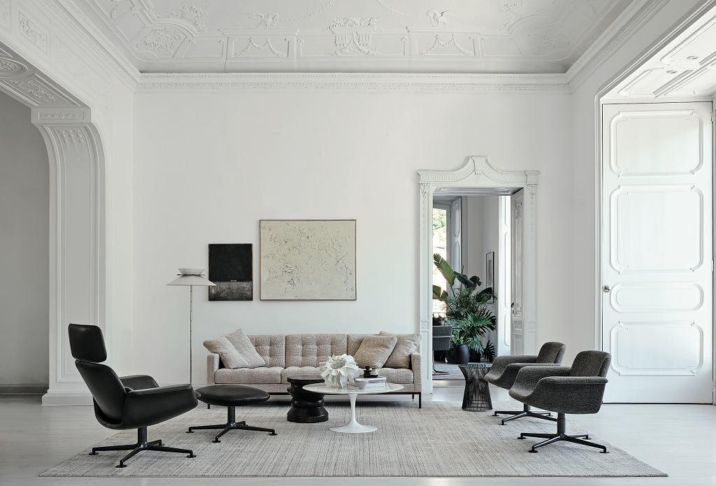 Sofa Florence, stolik Platner i Tulip marki Knoll.
