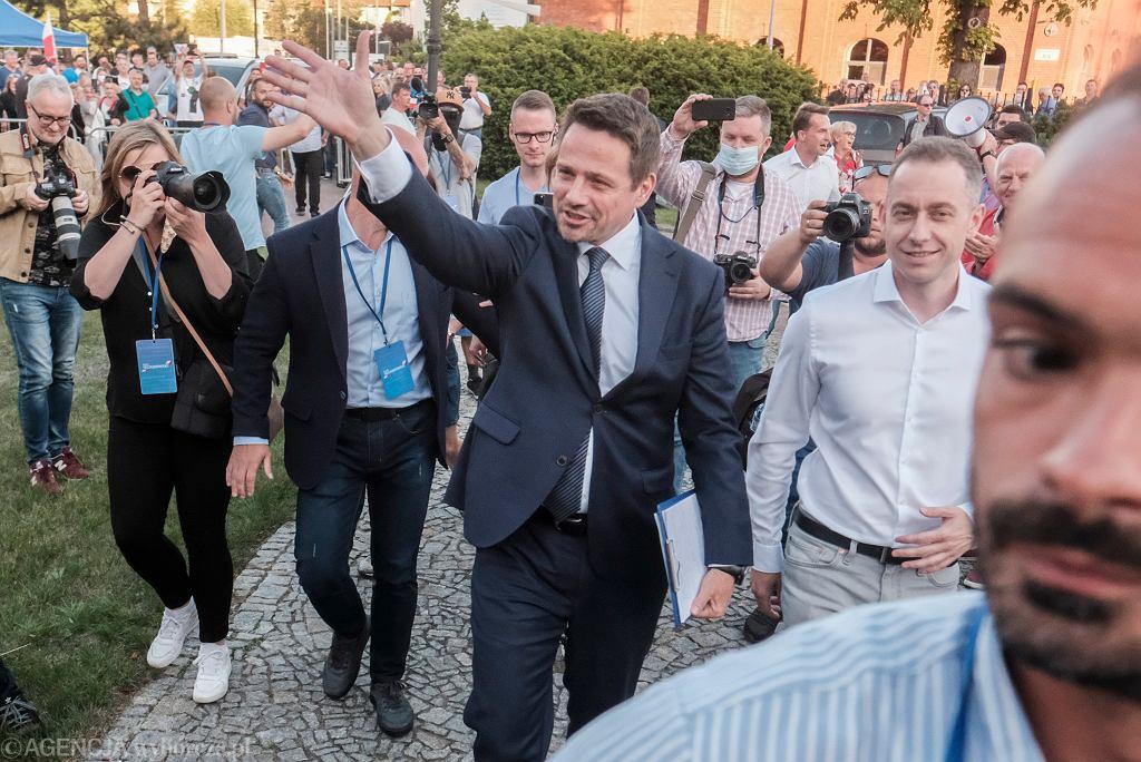 Rafał Trzaskowski w Lesznie, 6 lipca 2020 r.