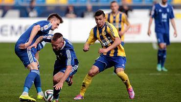 Arka Gdynia - Wisła Płock 0:0. Na zdjęciu z prawej Paweł Wojowski