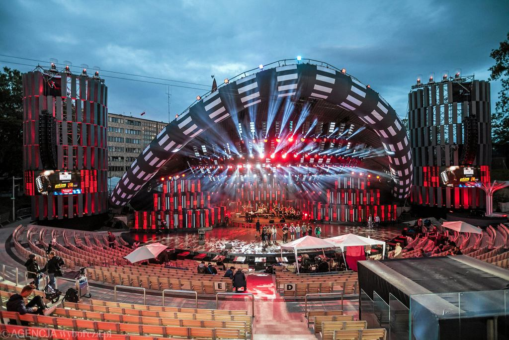 Opole , Amfiteatr NCPP , 54 Krajowy Festiwal Polskiej Piosenki KFPP