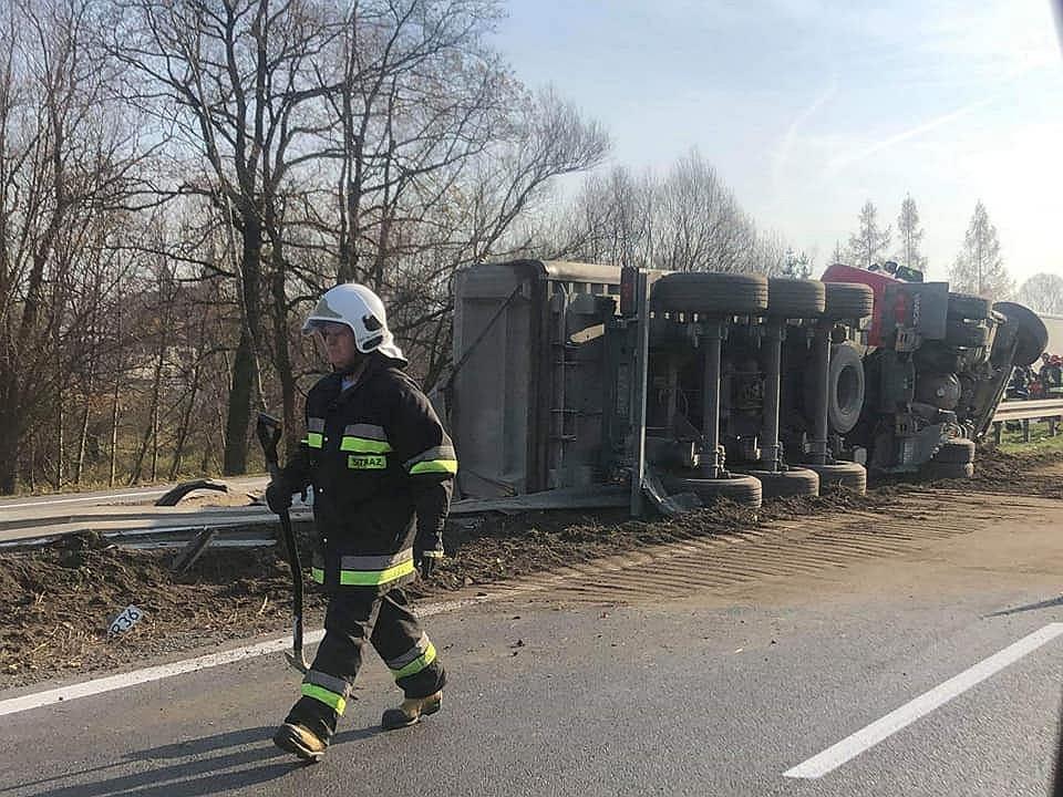 Wypadek ciężarówki na Zakopiance