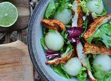 Sałatka z grillowanym kurczakiem i melonem - ugotuj