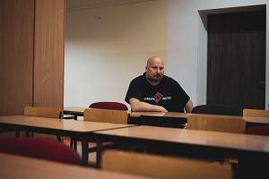 Nauczyciel z Gdyni: Zaczęło się polowanie, a ja mam być przykładnie spalony na stosie