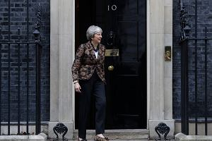 Brexit. Theresa May komentuje pomysł ministra Czaputowicza. Jest też reakcja Irlandii i Niemiec