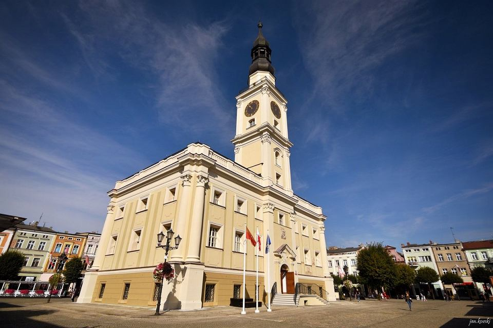 Wyremontowany ratusz w Lesznie