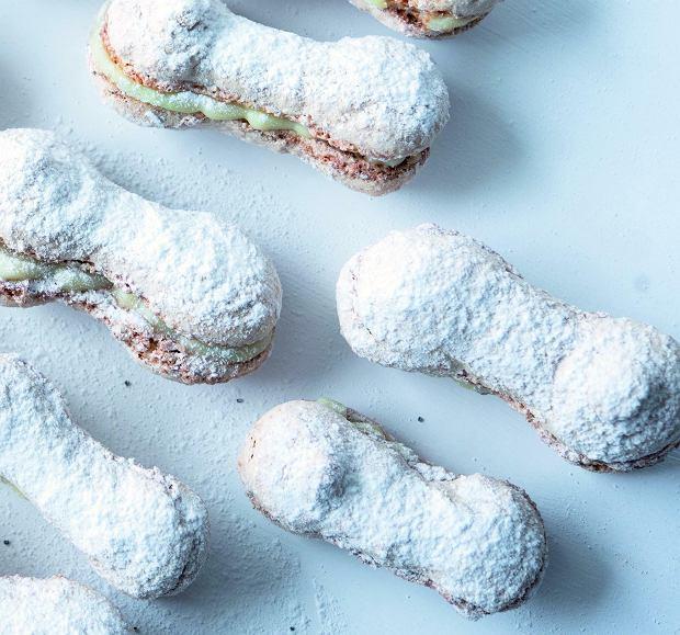 Ciasteczka  Lady Makaretti z kremem z białej czekolady i mascarpone
