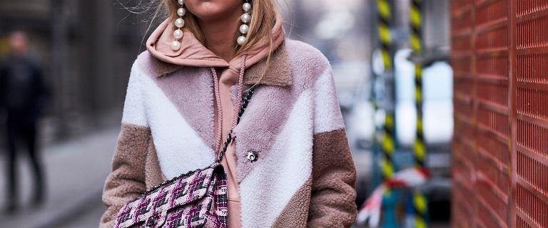 Lekkie i ciepłe wełniane płaszcze w świetnych cenach. Te modele są piękne!