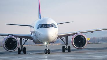 Koronawirus Wielka Brytania. Wizz Air zawiesza sprzedaż biletów z Wielkiej Brytanii do Polski