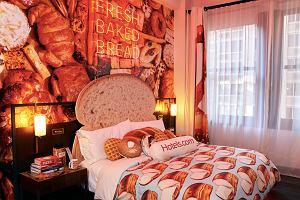 """Hotel """"Bread and Breakfast"""" w Nowym Jorku. Uwaga: wysoka zawartość glutenu"""