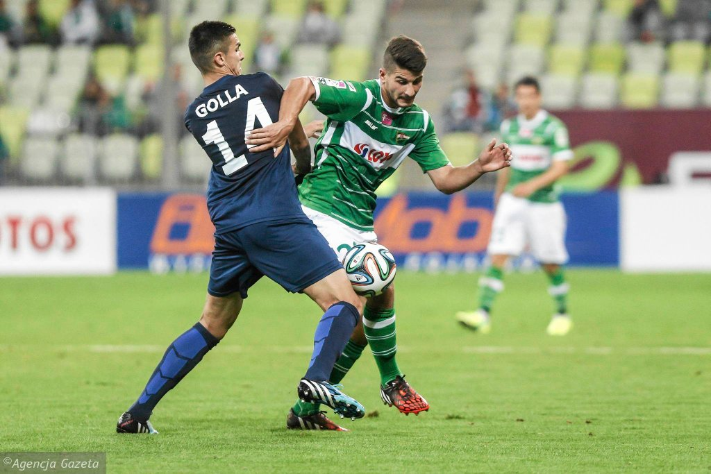 Lechia Gdańsk - Pogoń Szczecin 0:1. Z prawej Antonio Colak