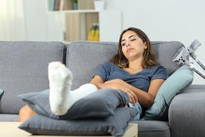 Rekonwalescencja pourazowa: jak postępować po złamaniu kości?