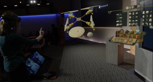 HoloLens w akcje