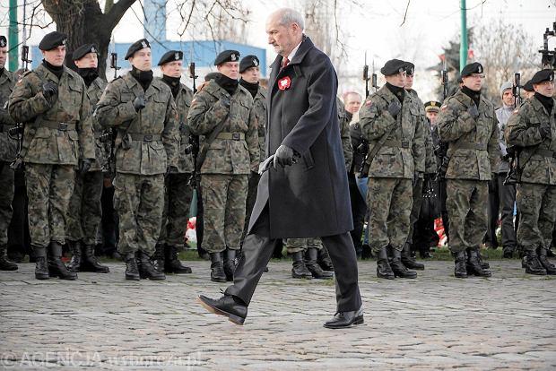 Na ubiegłorocznych obchodach 97. rocznicy wybuchu powstania wielkopolskiego był Antoni Macierewicz. Wojsko odczytało wtedy apel smoleński