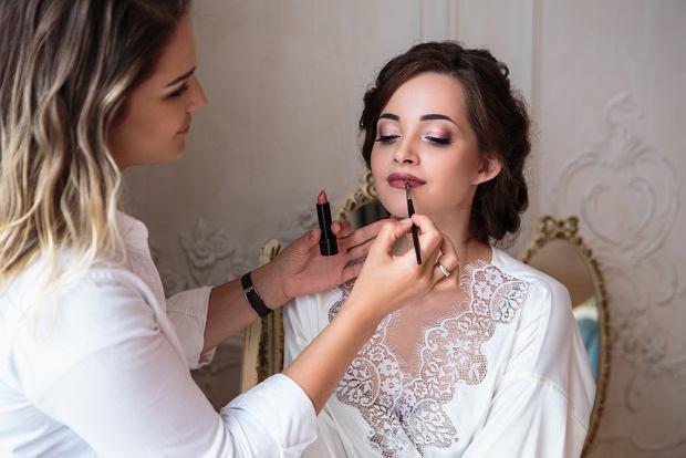 Jaki makijaż ślubny dla brunetek?