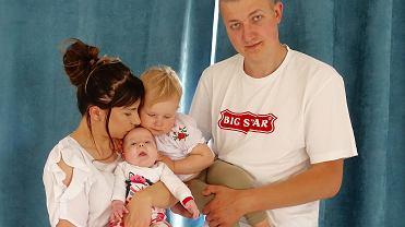 Zosia Paczwa z rodzicami i siostrą Tosią