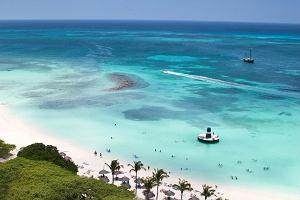 Ciekawe kierunki podróży na sezon 2020! Wycieczki od 4000 zł prosto na Arubę, Madagaskar czy do Tajlandii