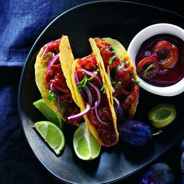 Wieprzowe tacos z keczupem śliwkowym